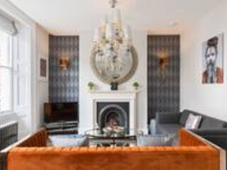 L-Spa Boutique Apartments - Stylish spacious one bedroom apartment