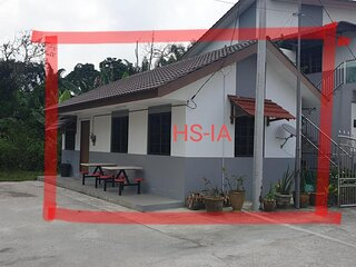 Mri Homestay Sg Buloh - Studio Unit with Chargeable Private Pool