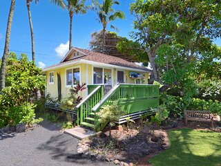 NEW! 'Hale Iki' Kapa'a Cottage - 1 Block to Beach!