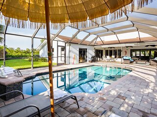 Luxurious and spacious home near Vanderbilt beach!
