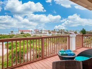 New!! Wake to Ocean Sunrise! Huge House 3 min. Walk to Beach, Multiple Balconies