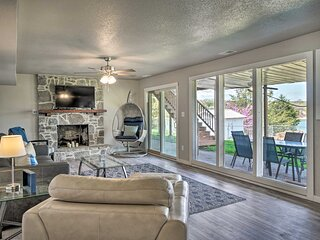 NEW! Chic Lakefront Home w/ Deck, < 1 Mi to Marina