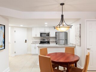 Family-Friendly Suite w/ WiFi Included, Resort Pools & Free Theme Park Shuttle
