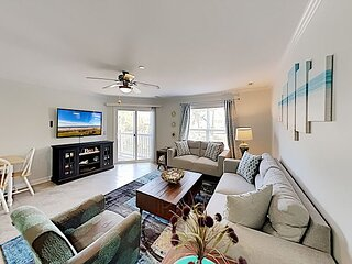 Updated Ocean Walk Condo | Pool, Grill, Private Balcony | Walkable Locale