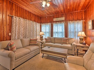 NEW! Sunny Home w/ Porch by Halifax River + Beach!