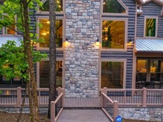 Tranquil Timbers Retreat, holiday rental in Eagletown