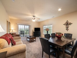 3 Bedroom, 3 Bathroom Golf Condo with Covered Balcony & Full Kitchen