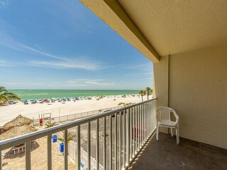 Unobstructed Gulf Views - Free WiFi - Renovated Beachfront Unit.