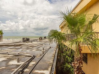 Covered Balcony with Nice upgrades - Great Beach Value - Free WiFi
