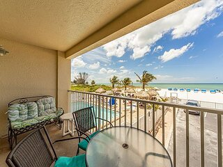 Direct Beachfront Unit- Free WiFi  - Incredible Sweeping Gulf & Beach Views.