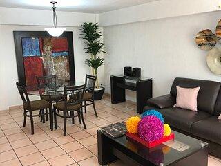 +MS +Espaciosa Suite +Zona Centro +Col. El Prado