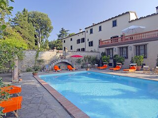Lutirano Villa Sleeps 4 with Pool - 5890132