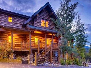 The Legendary Ski Classic Lodge on Peak 8; Theatre Room, Hot Tub and Rec Room