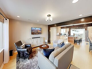 Columbia City Cutie | Gourmet Kitchen, Central A/C & Yard | Walk to Dining