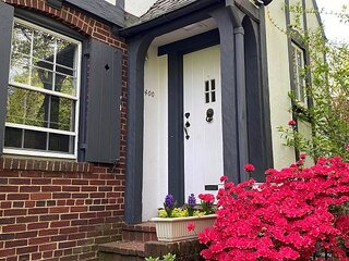 Foxhall Village Updated Home