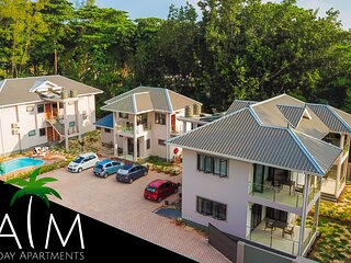 Palm Holiday Apartments