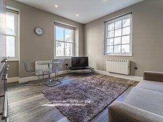 RoomApart 1a 1 Elliot Terrace - Modern spacious ground floor studio apartment
