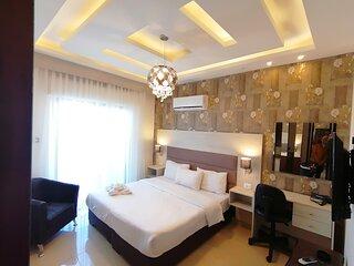 Alqimah Studio Apartment Hotel