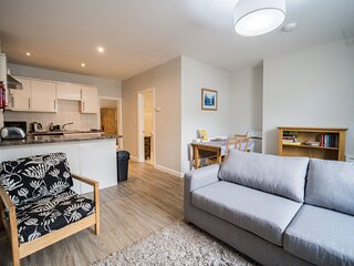 Apartment 15 Trinity Mews - Premier one bed in charming coaching mews