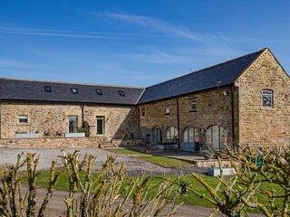 Pig Run Barn 4 Star Gold Cottage, sleeps upto 4 near Beamish, Durham & Newcastle