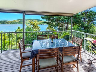 Ocean View House + Buggy Heliconia 10 & Airport Transfers