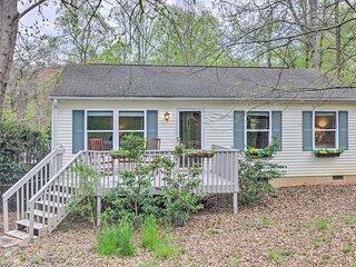 NEW! 'Oakley Cottage' - 4 Mi to Blue Ridge Parkway