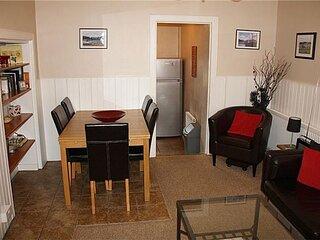 Spacious 4 bedroom townhouse Kirkcudbright