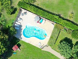Cottage les Aigrettes avec piscine chauffée à 5kms de la plage.