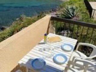 Appartement avec mezzanine pour 4 personnes avec belle vue mer et parking