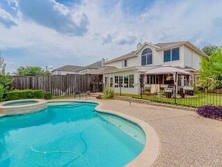 Discount included! Newly Renovated Home with Spacious Interior & Backyard Pool