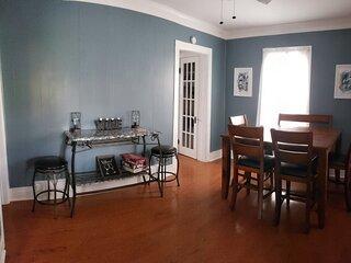 Chapland House 4 Bedroom Getaway in FLX