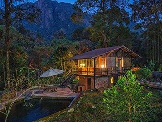 Jumpinbed - Vila onde passa um rio