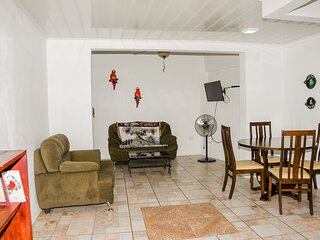 1 bedroom 20 min. Alajuela airport. Free Continental Breakfast