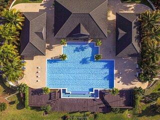 LuxuryCrest Villa Near Ocho Rios