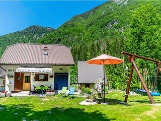 Alpine Cottage Lepena