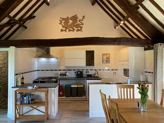 Longhouse Holiday Cottage at Hilltops Brecon