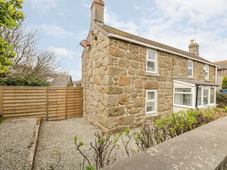FORGE COTTAGE beautiful Cornish cottage, enclosed garden, near to the beach at