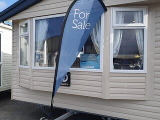 Lovely 6 berth caravan for hire at Skipsea Sands Holiday Park ref 41006NF
