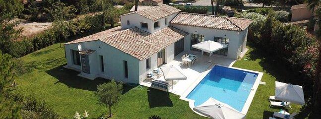 Confortable villa neuve piscine proche plage