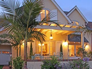 Coronado Seaside Cottage
