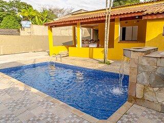 Casa em Itanhaém c Wi-Fi, piscina e churrasqueira