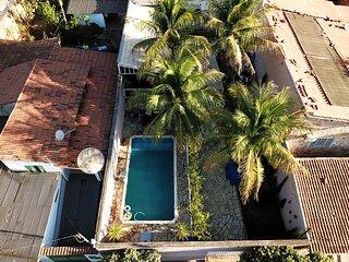 Casa com piscina, Wi-Fi e churrasq em Caldas Novas