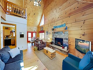 Spacious Cabin | Vast Mountain Views, Hot Tub, Game Area | Walk to Skiing
