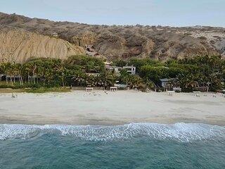 ANAHATA Casa de Playa