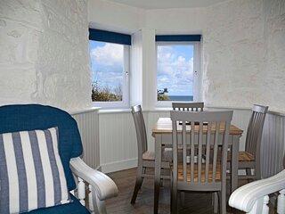 Beach View Apartment, 12 Primrose Court, St Ives
