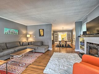 NEW! Modern, Comfortable Home, 2 Mi to UB Campus!