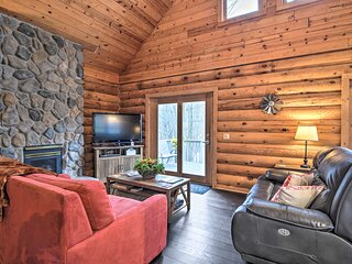 NEW! Secluded Gaylord Cabin with Deck & Gas Grill!
