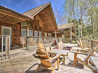 NEW! Cabin Escape by Dollywood / Pigeon Forge Pkwy