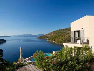Villa Kastos - Stylish Luxury Villa with Direct Sea Access