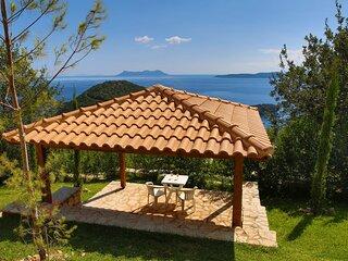 Villa Columba - Luxury Private Villa in Modern Residence